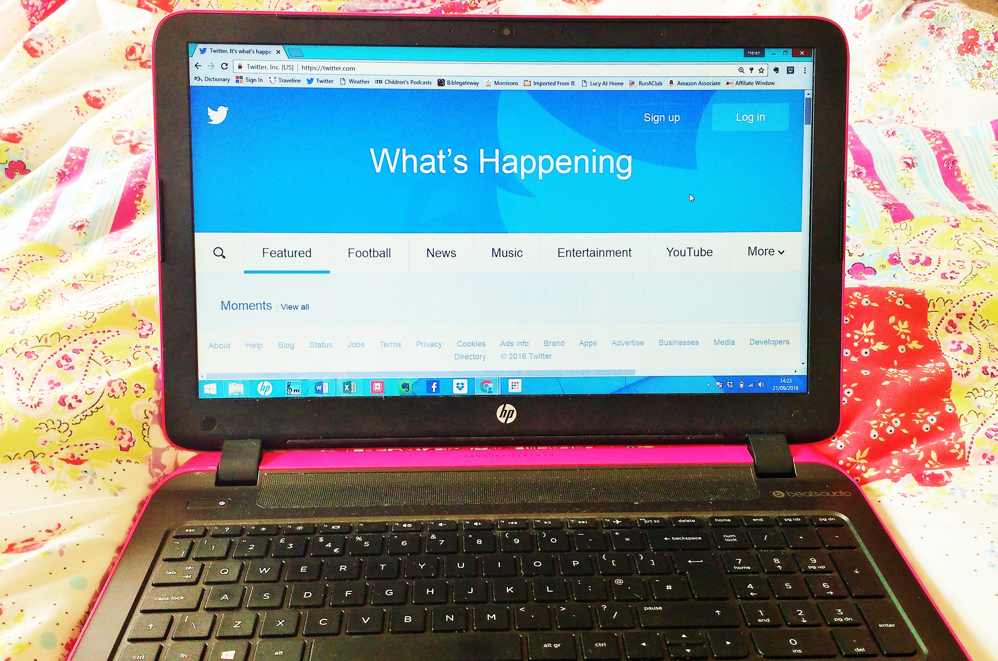 twitter on a laptop - digital technology tips for parents