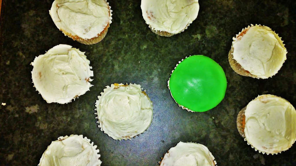 Butter Icing cupcakes