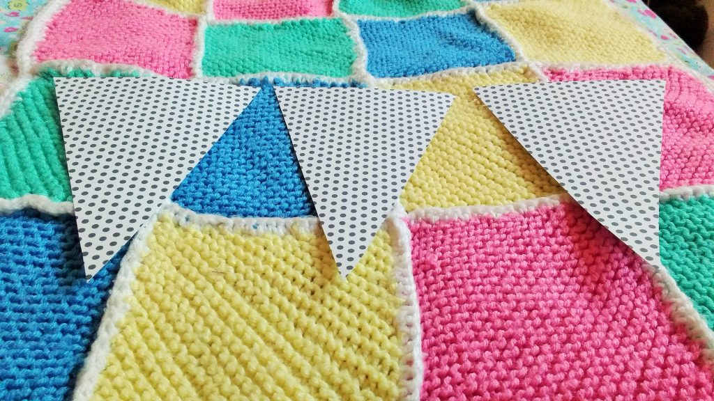 bunting spotty card triangles