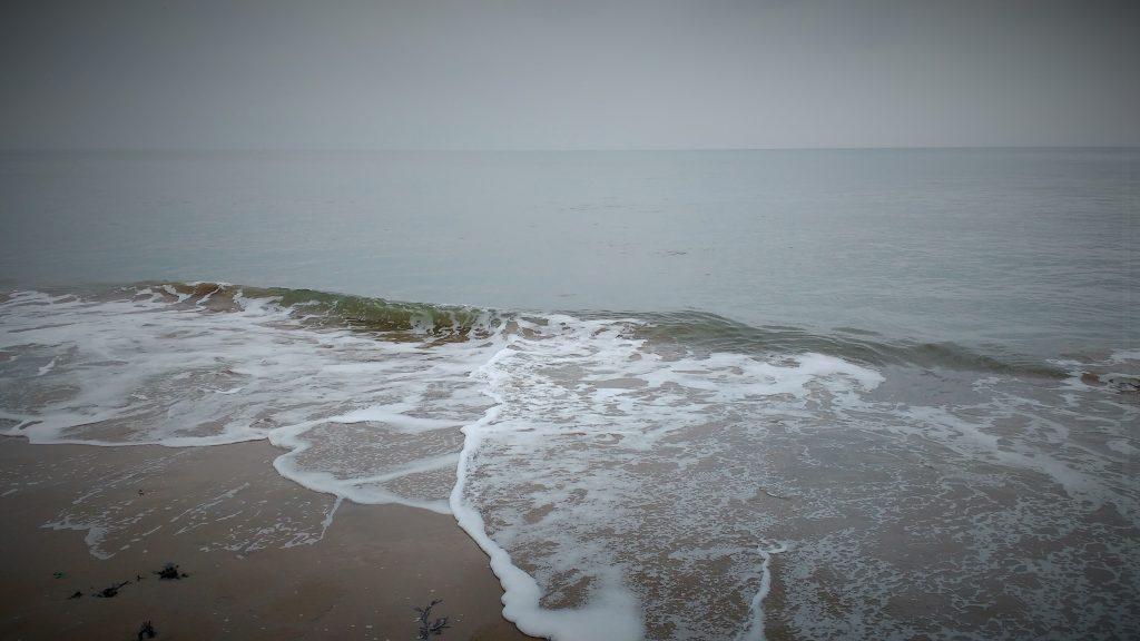 Shallow waves Scarborough
