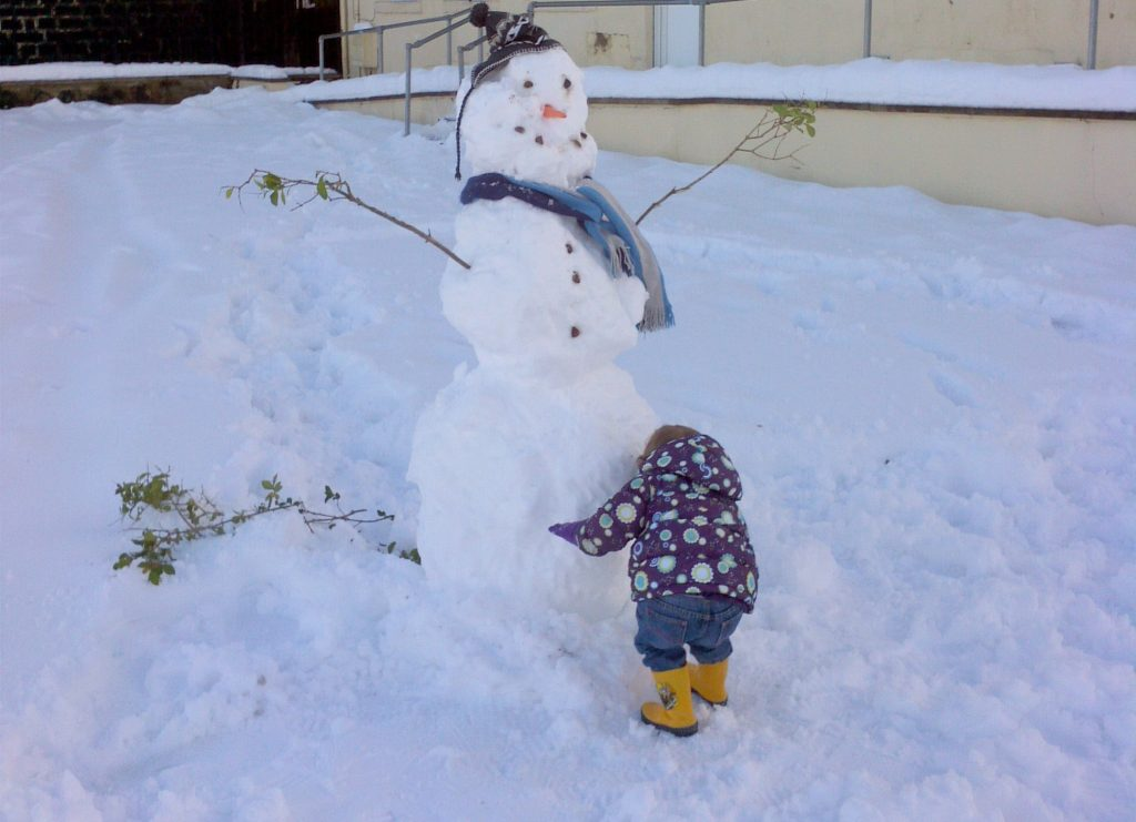 build a snowman things to do with a six year old