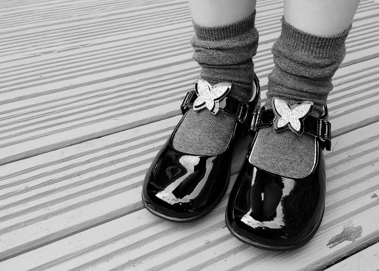 Jake School Shoes Black and white