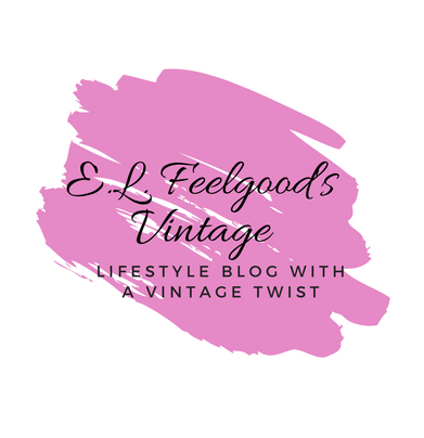Bloggers Bluff With Lucy at Home ft E L Feelgood's Vintage Logo (2)