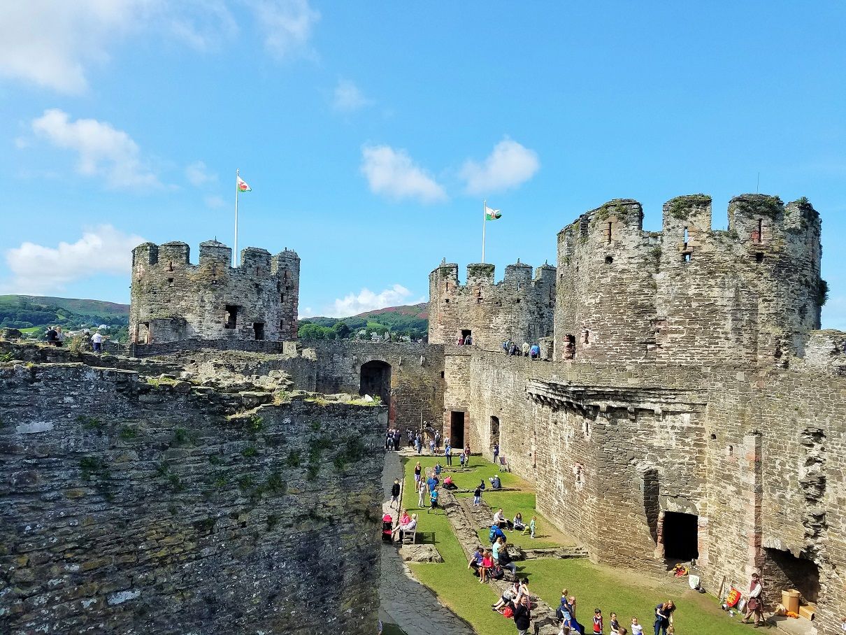 STEM activities - engineering STEM activities for kids - North Wales Conwy Castle
