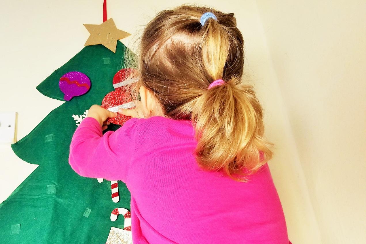 Felt Christmas Decorations Hanging Baubles on Felt Christmas Tree