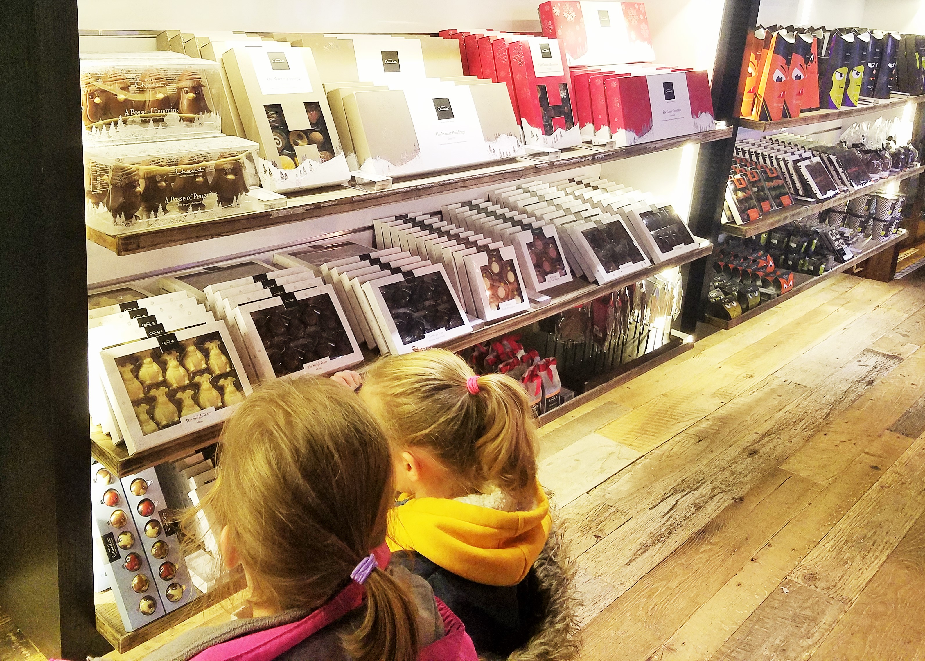 Hotel Chocolat shop - two girls choosing a treat