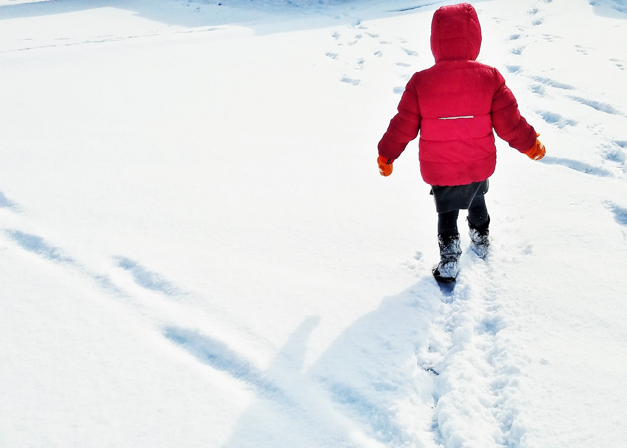 9 things my kids say that make my heart sing - I'm brilliant - child walking through snow