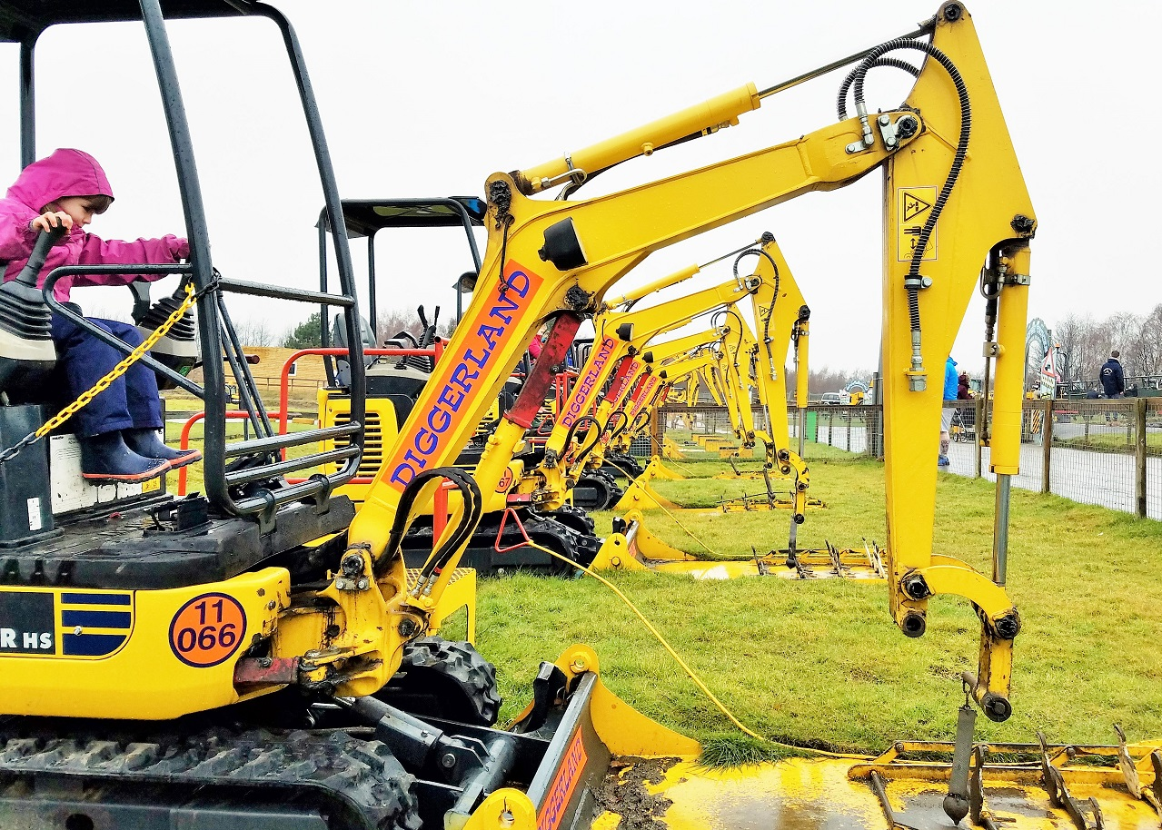 Diggerland in the rain - real diggers to play with
