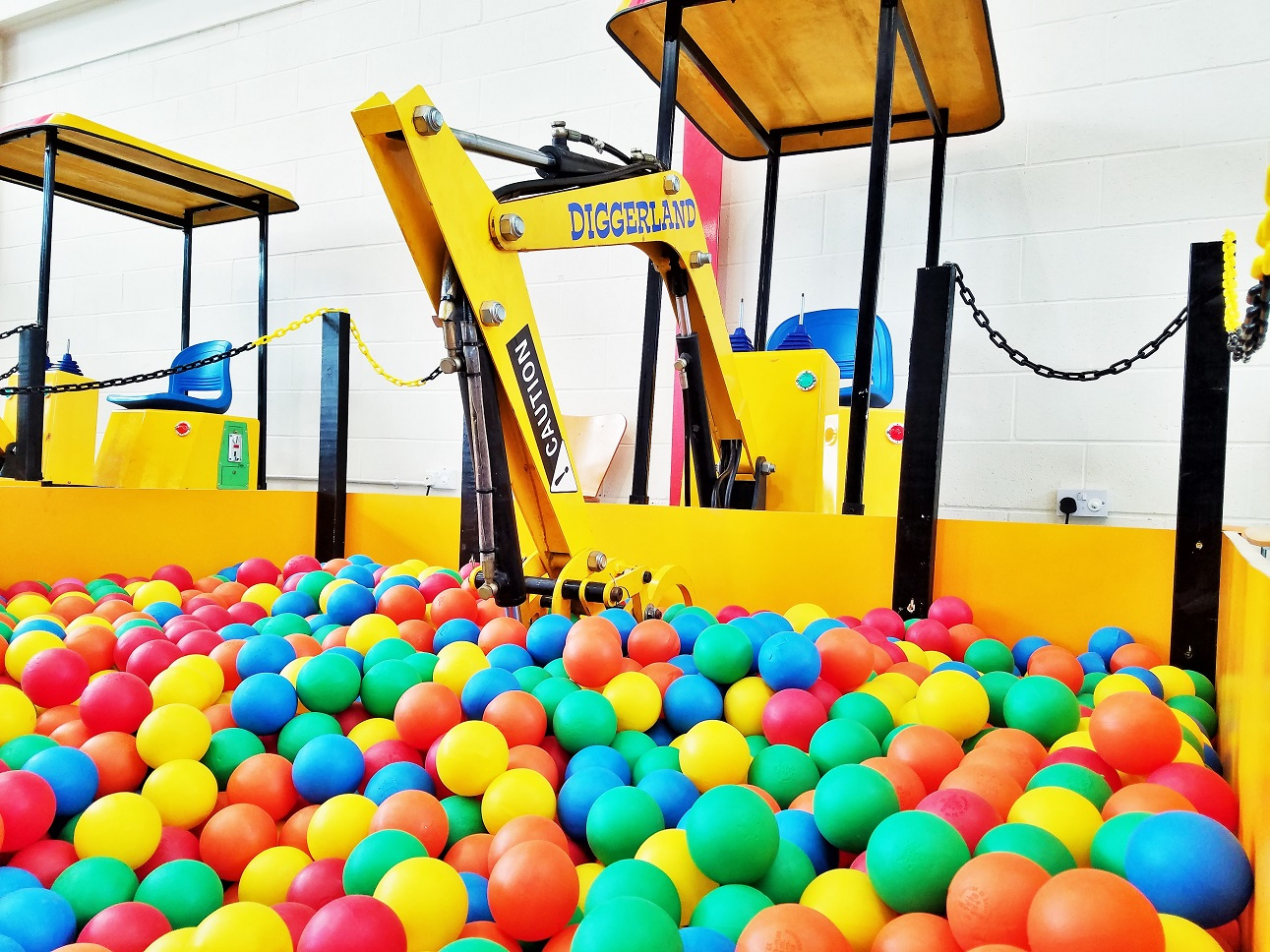 Diggerland in the rain - indoor digger with ball pool