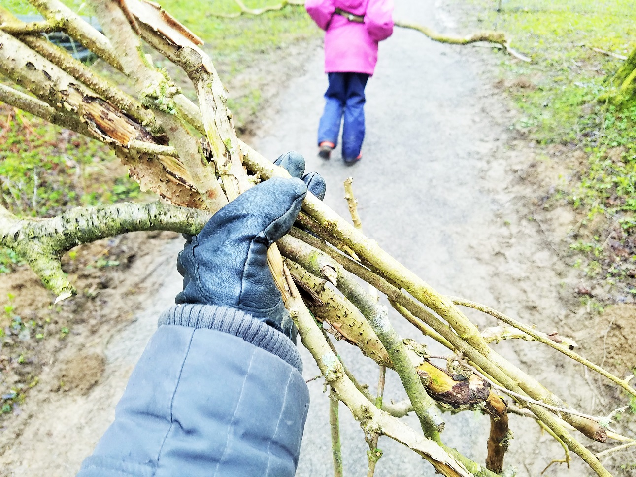 Chumping is yorkshire dialect for wood collecting - Forest school in Yorkshire Dales
