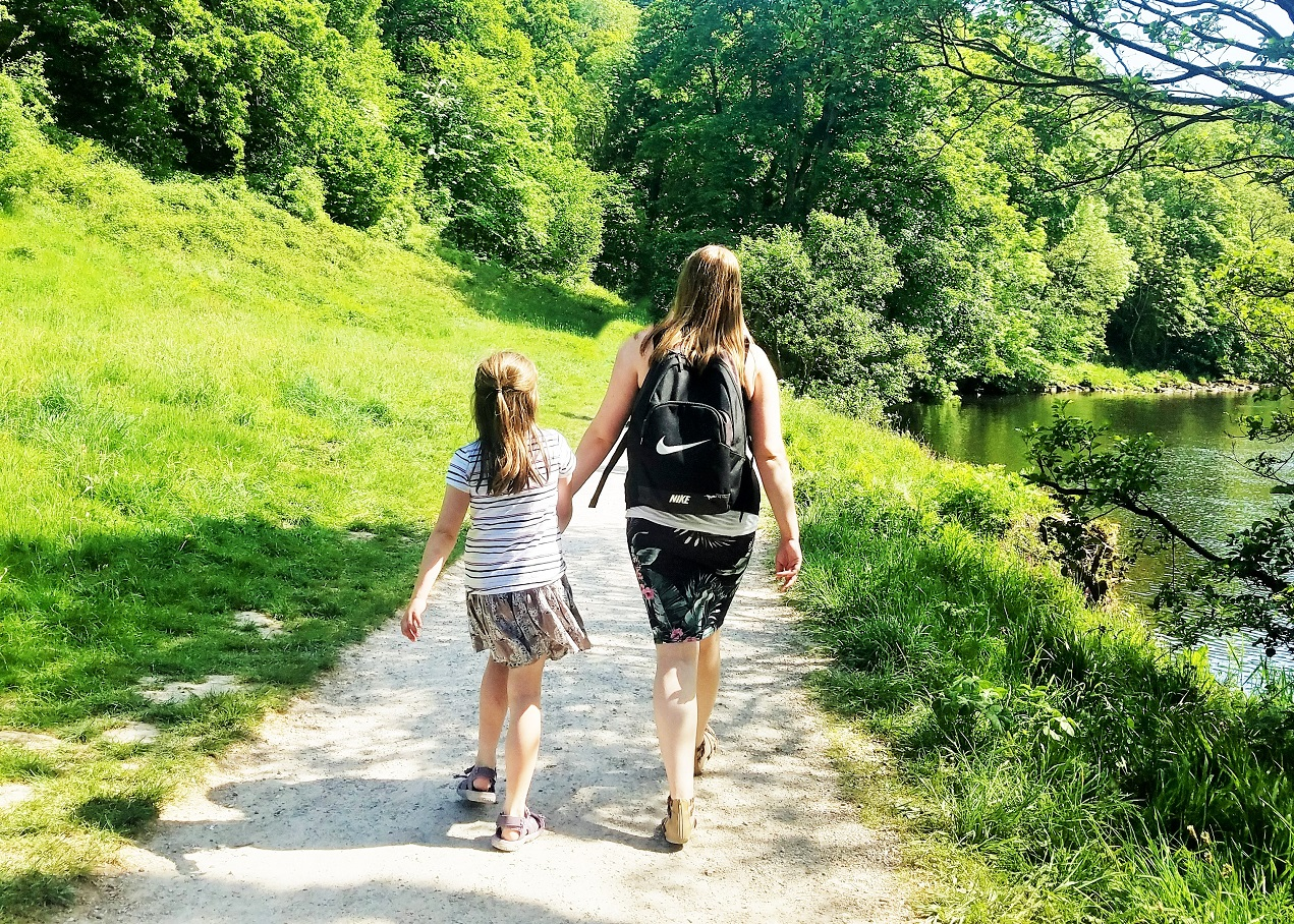 how to do gentle parenting without pandering to your kids - mum and daughter holding hands - blogcrush week 100