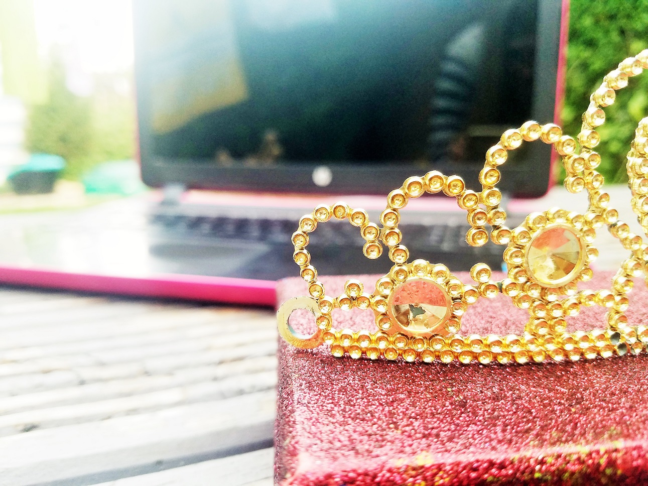 blogging is like being in the royal family - laptop computer with golden tiara - tips for parents about digital technology
