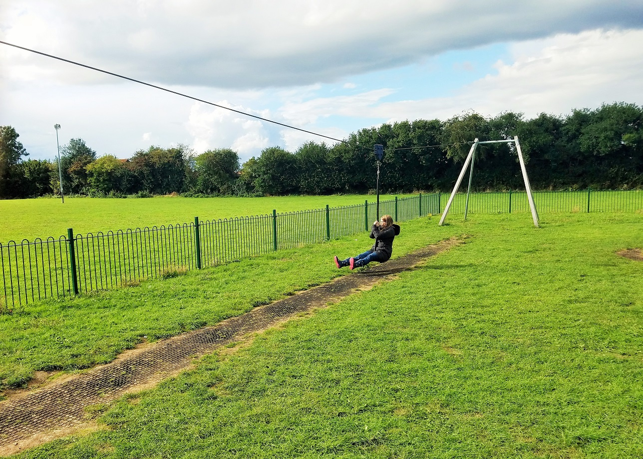 Ideas for simple ways to give positive attention to kids - mum on a zip line