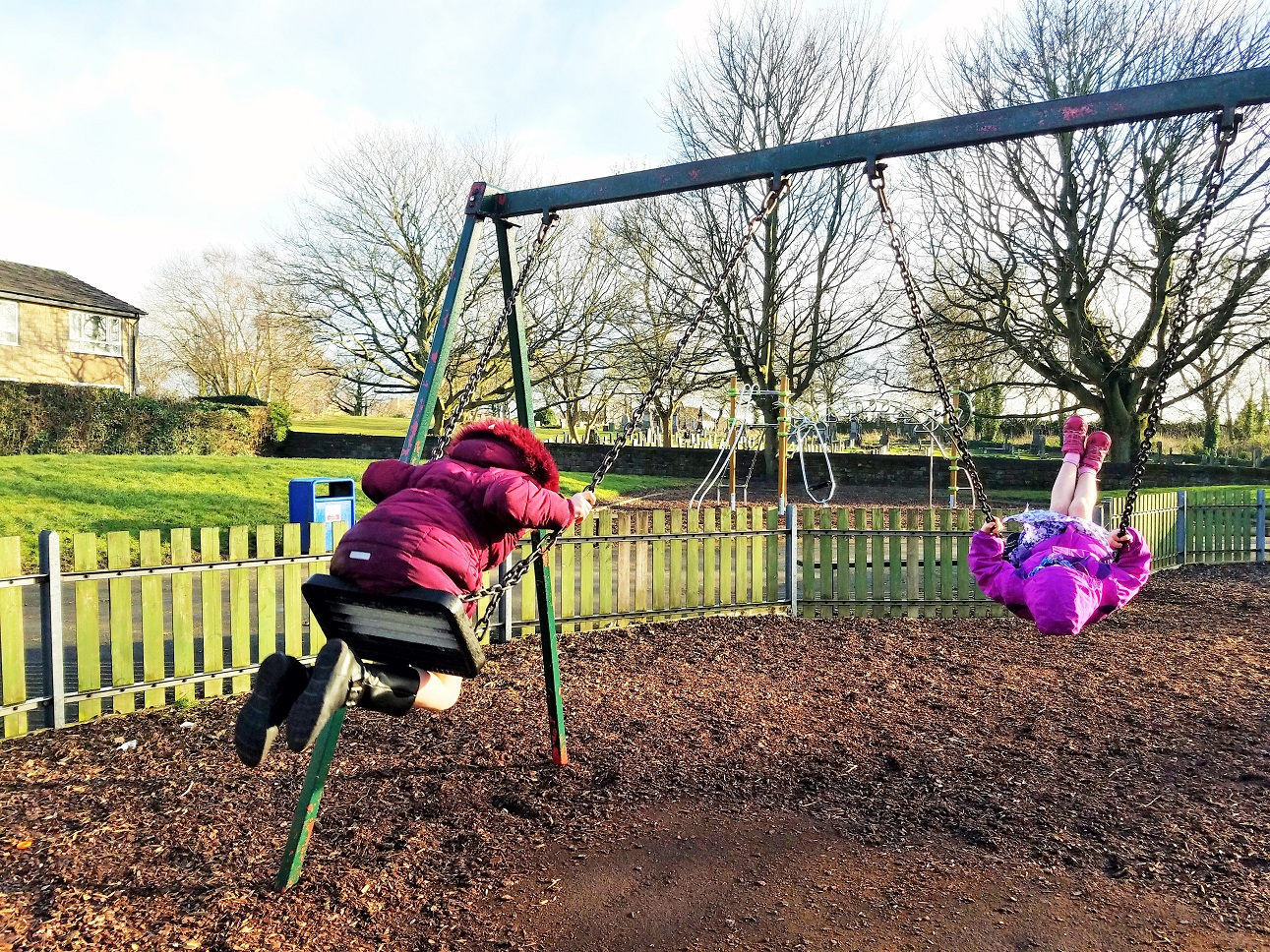 how does time out discipline work chidren on swings at park