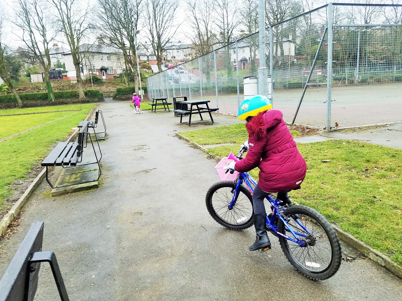 how to succesfully use time out to develop children kids on bikes