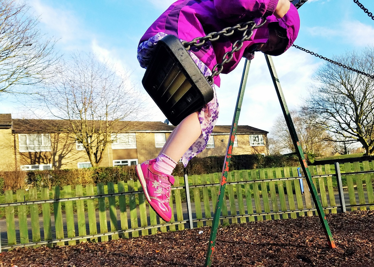 time out guide for parents child on play park swing